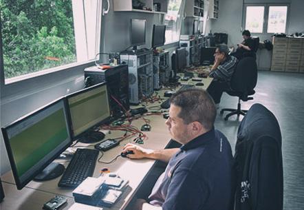 Racunari, oprema i inženjeri za spasavanje podataka